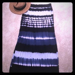 Romeo & Juliet Tie Dye Long Skirt Sz M